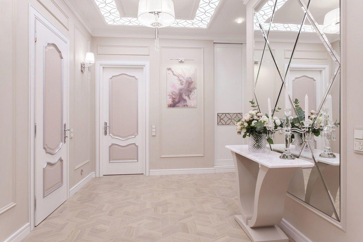 Интерьерное фото коридора в пастельных розовых тонах