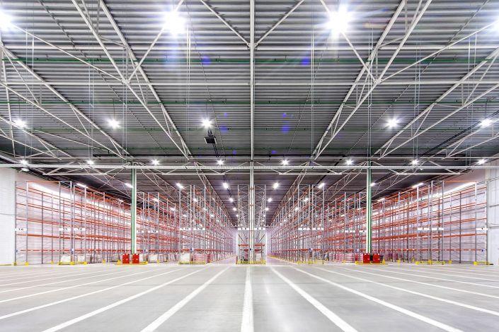 Промышленное фото складских помещений для аренды