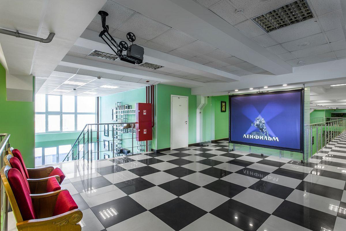 Бизнес центр в Санкт-Петербурге. Интерьерная фото съемка